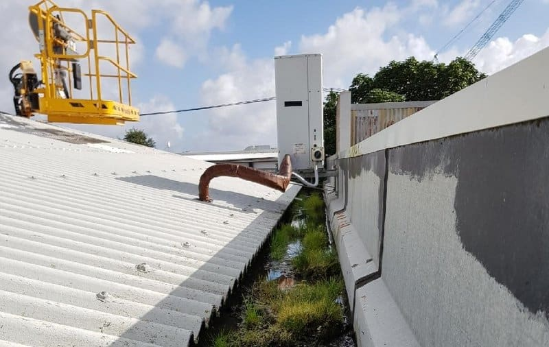 roof and gutter maintenance